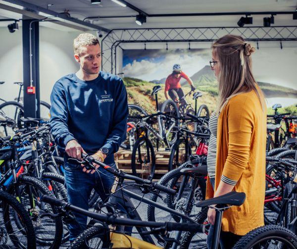 Mountainbike of racefiets huren; een sportalternatief in Corona-tijd